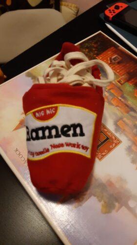 Zabawka węchowa ze sznurkami RAMEN photo review