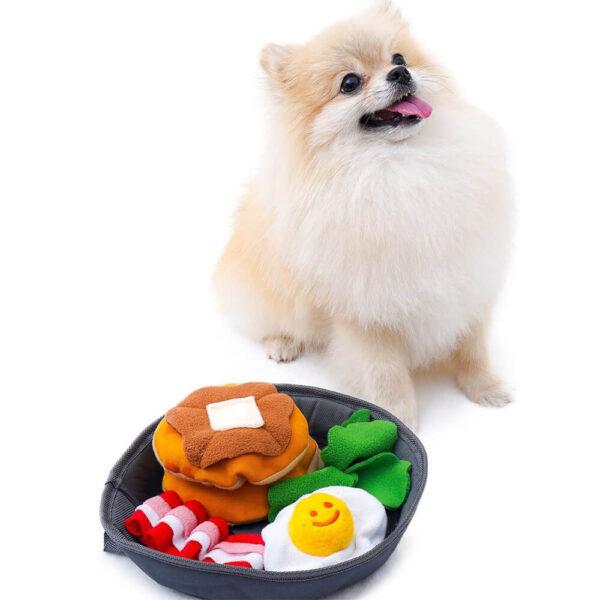 zabawka węchowa dla psa petit z bekonem i jajkiem pomeranian